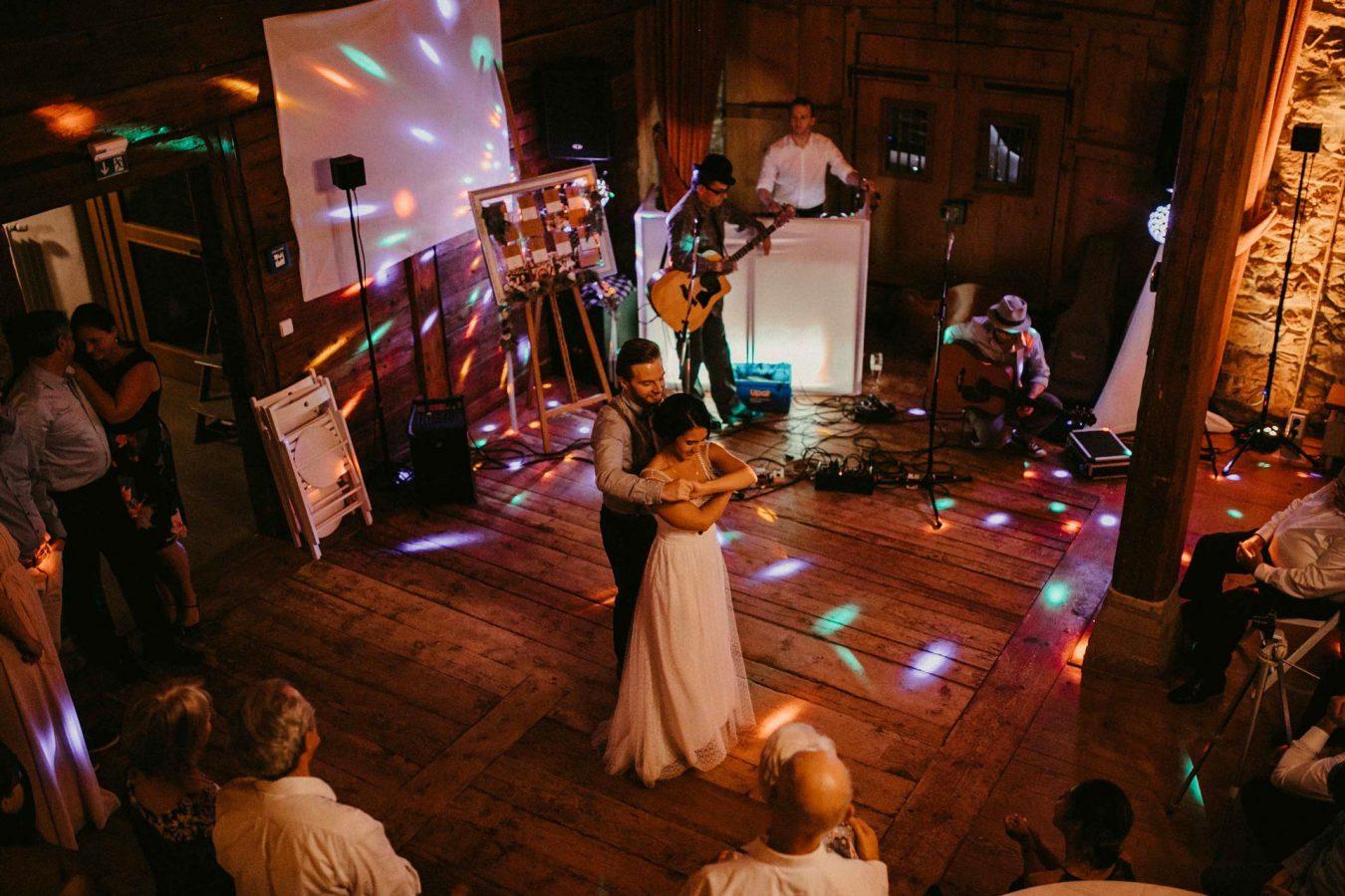 Hochzeit Raben Horben - Freiburg - natürliche Hochzeitsfotografie