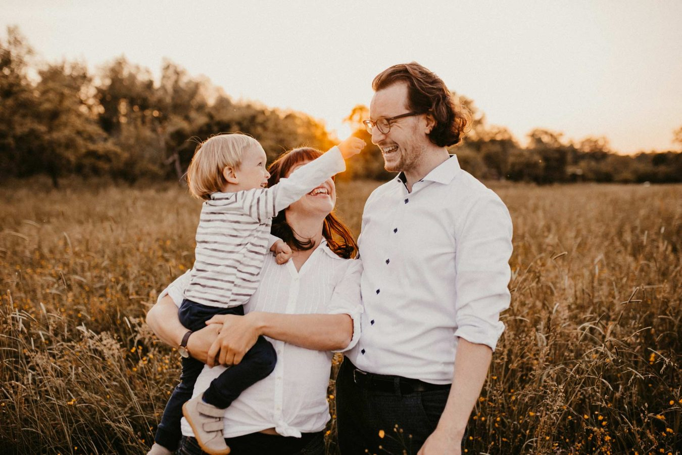 Familienfotografie Familienfotograf Freiburg Basel Lörrach Offenburg Emmendingen natürlich liebevoll outdoor Familie - Familienfotos zu Hause oder in der Natur
